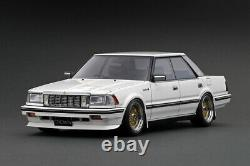 118 Toyota Crown 3.0 Royal Saloon G - White - Ignition Model IG2058