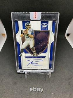 2019 Chronicle Crown Royale Silhouette Russell Wilson Jersey Auto /25