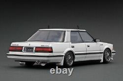 Ignition model IG2055 118 Toyota Crown 120 2.8 Royal Saloon G White model car