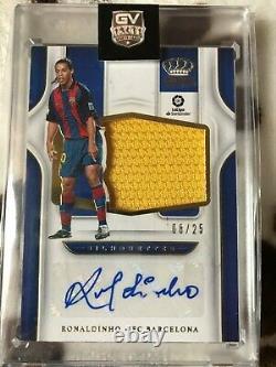 Panini Crown Royale 2019/20 Ronaldinho 08/25 autograph jersey card