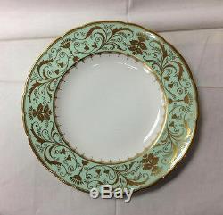 Royal Crown Derby Darley Abbey Dinner Plate 10 1/2 Bone China England New
