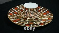 Royal Crown Derby Old Imari 1128 Service For 6, 30 Pcs Mint Condition