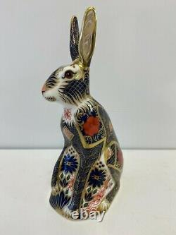 Royal Crown Derby Old Imari Solid Gold Band Hare Paperweight