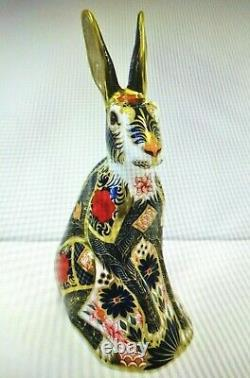 Royal Crown Derby Old Imari Solid Gold Band Hare Paperweight Gift Boxed