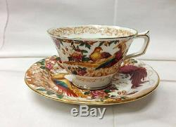 Royal Crown Derby Olde Avesbury Teacup & Saucer Bone China England New