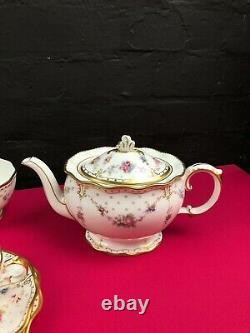 Royal Crown Derby Royal Antoinette 21 Piece Tea Set Trios Cake Tea Pot Plates